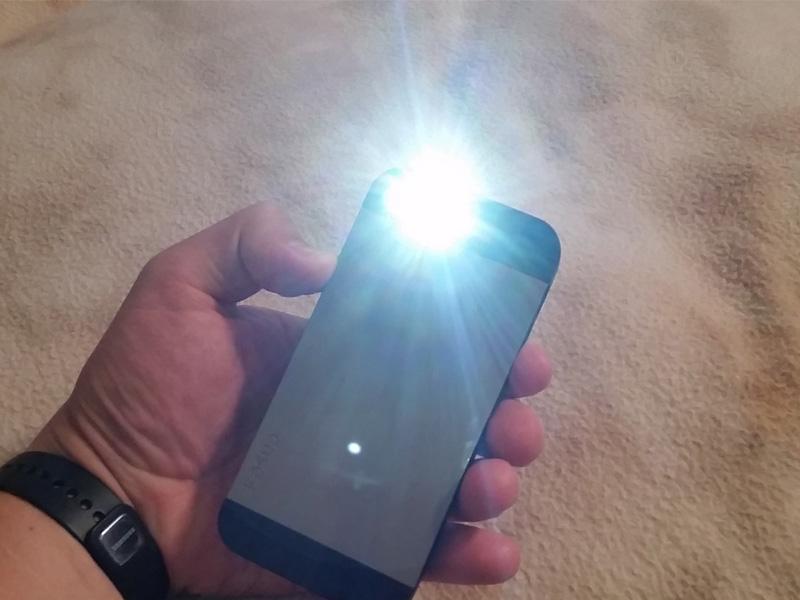 Как сделать на айфоне когда звонят фонарик
